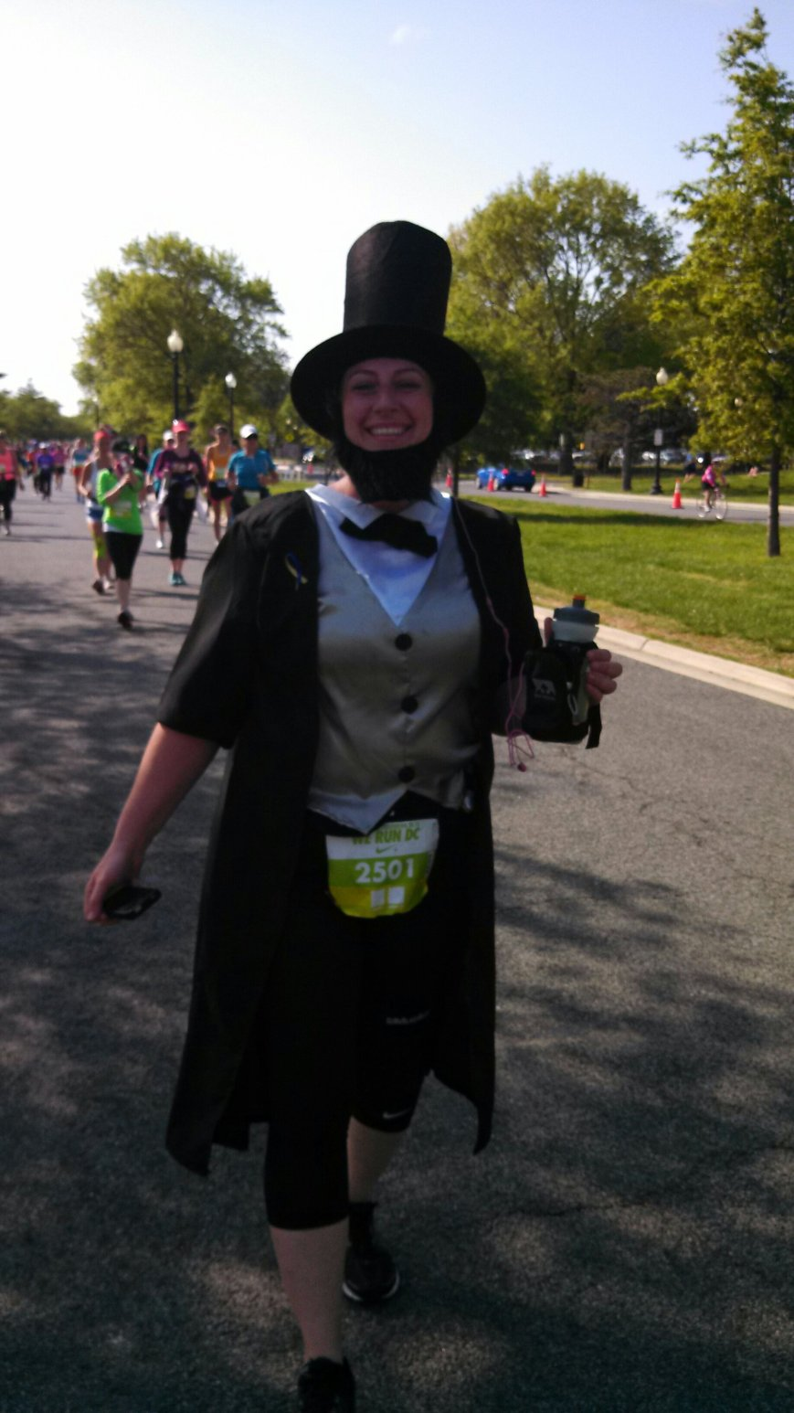 Passed Lincoln at mile 8:)