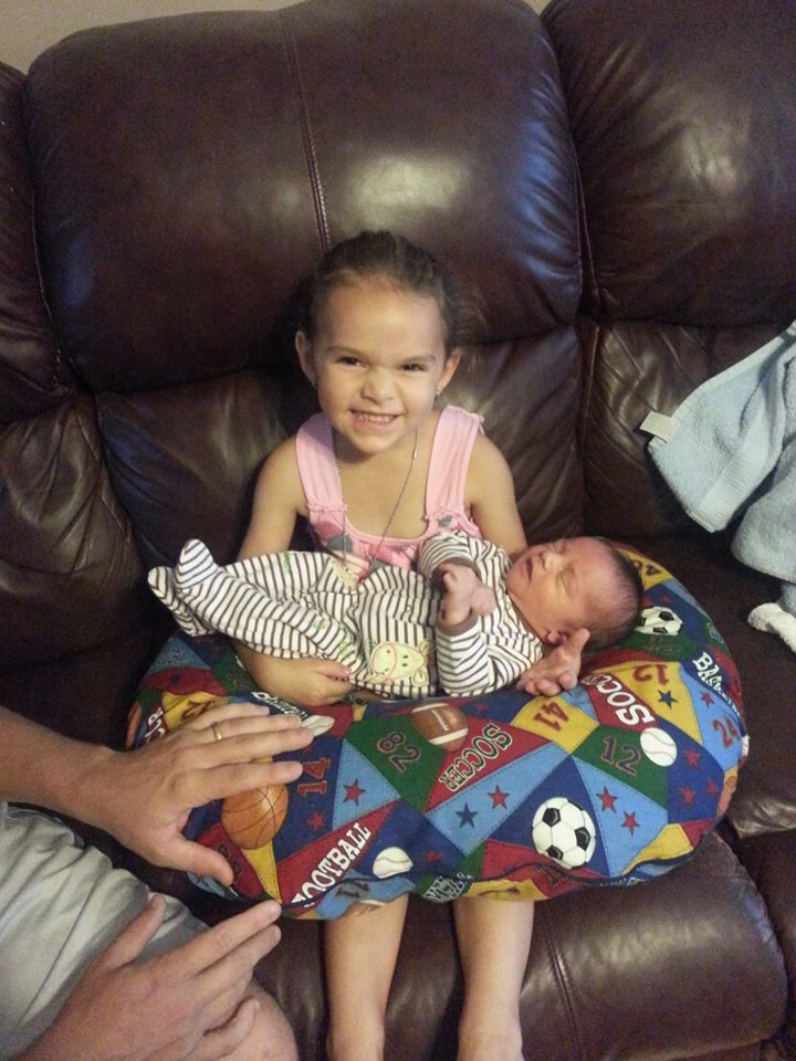 Such a happy Big Sister!
