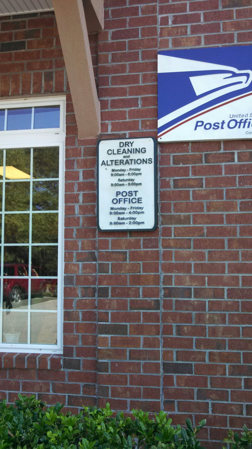Postoffice and dry cleaner