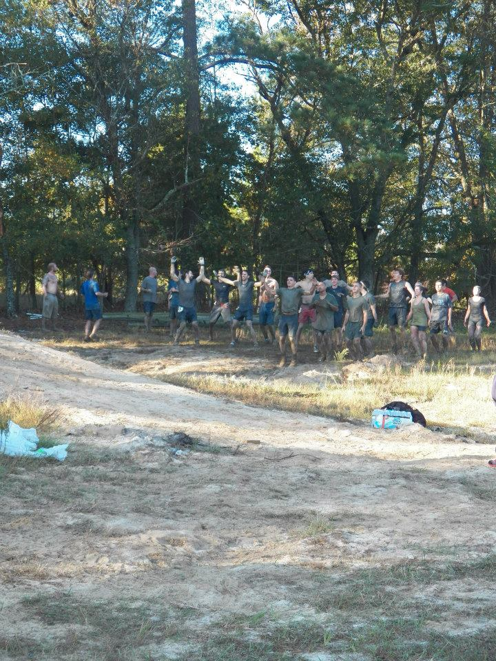 There was a holdup at the #19 obstacle. So what did the marine's have the challengers do? Jumping Jacks, of course!
